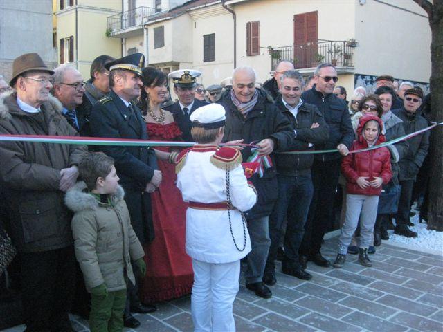 foto-inaugurazione-piazzetta-di-via-conchiglia-013