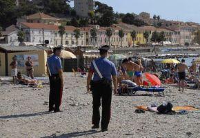 carabinieri-in-spiaggia