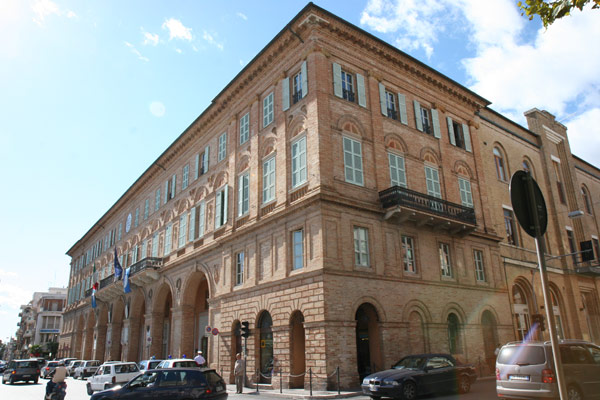 palazzo-sforza1