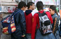ragazzi-alluscita-di-scuola
