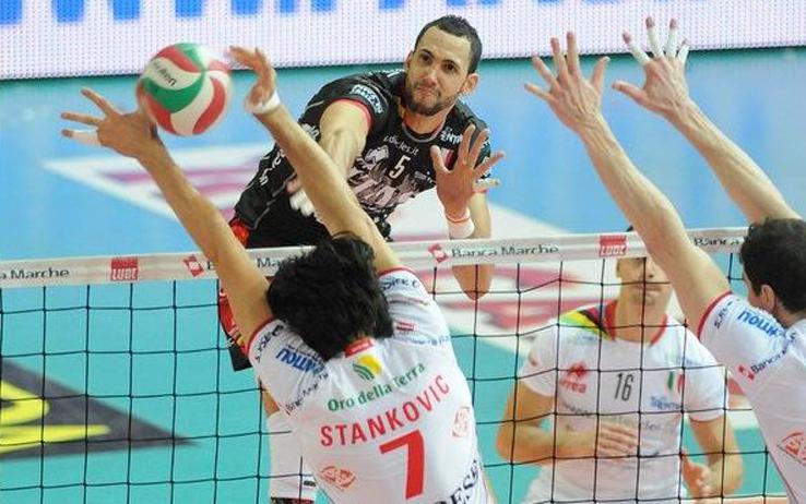 sport_volley_juantorena_attacco_trento_foto_sito_itas