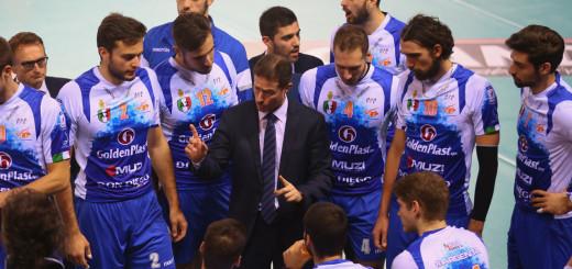 Di Pinto parla alla squadra - Foto Fabiano Rossi