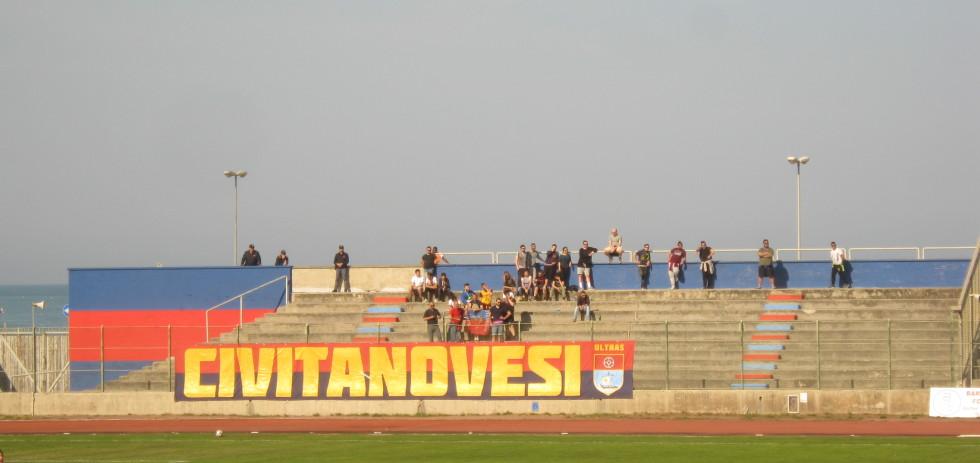 civitanovese-jesina-stadio-vuoto